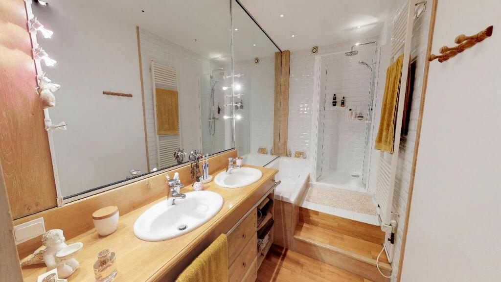 Appartement à vendre 6 244m2 à Saint-Étienne vignette-3
