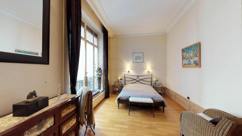Appartement à vendre 6 244m2 à Saint-Étienne vignette-4