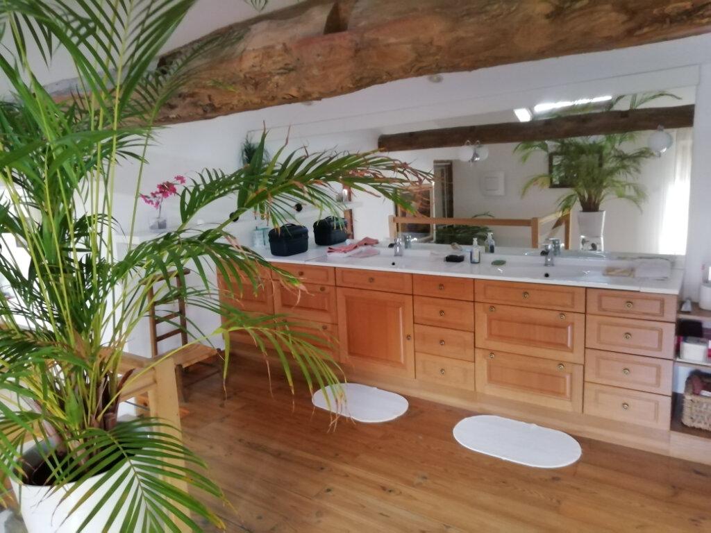 Maison à vendre 9 250m2 à Saint-Cyr-les-Vignes vignette-5