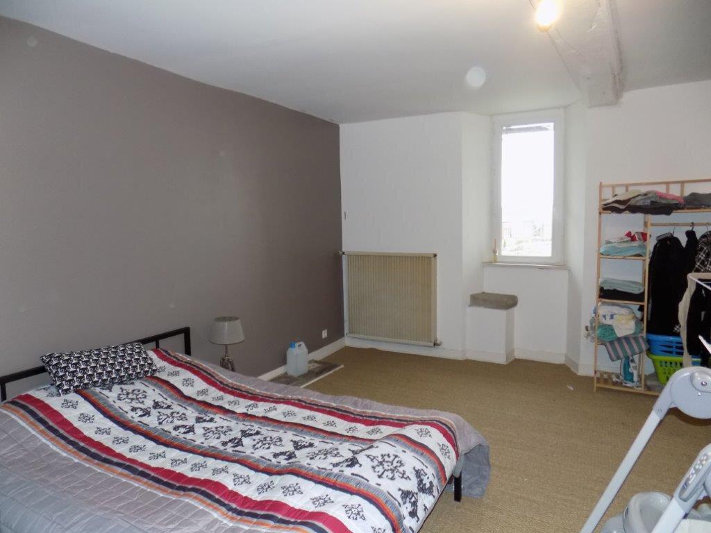 Maison à vendre 6 100m2 à Saint-Aubin-le-Cloud vignette-12