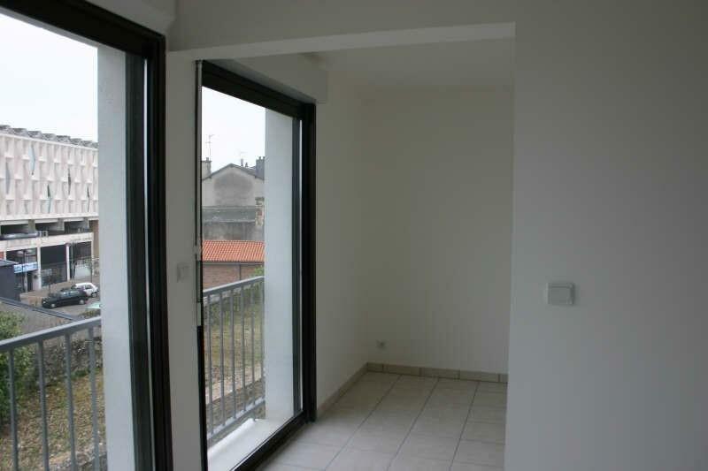 Appartement à vendre 5 72m2 à Parthenay vignette-4