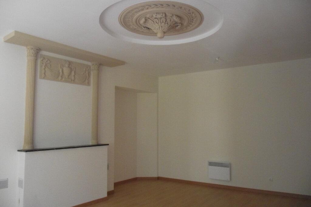 Appartement à vendre 2 49m2 à Parthenay vignette-4