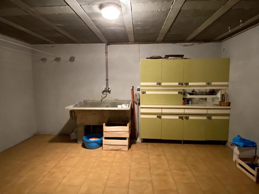 Maison à vendre 9 145m2 à Secondigny vignette-11