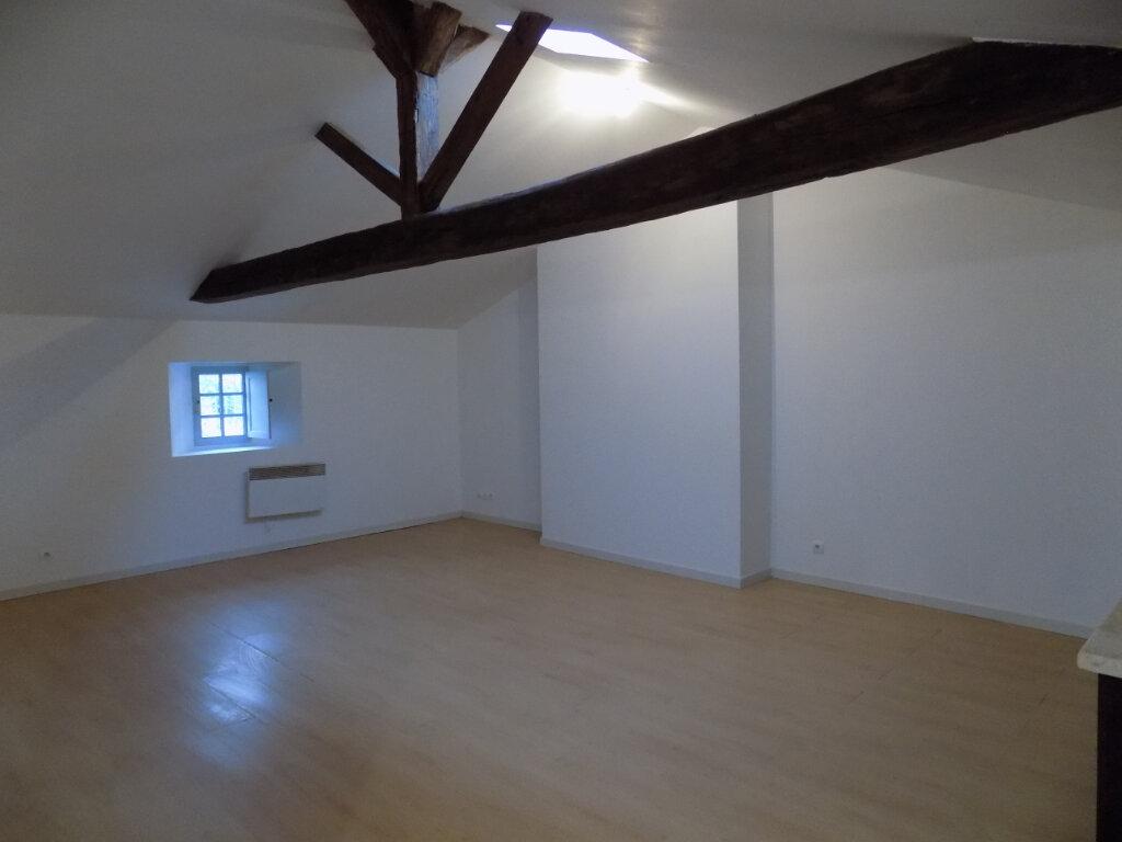 Appartement à louer 3 78m2 à Parthenay vignette-2