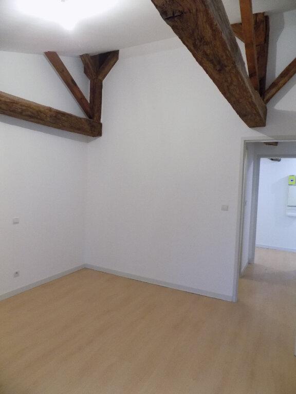 Appartement à louer 3 78m2 à Parthenay vignette-4