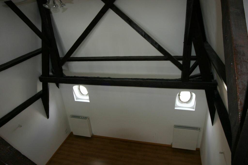 Appartement à vendre 3 100m2 à Parthenay vignette-18