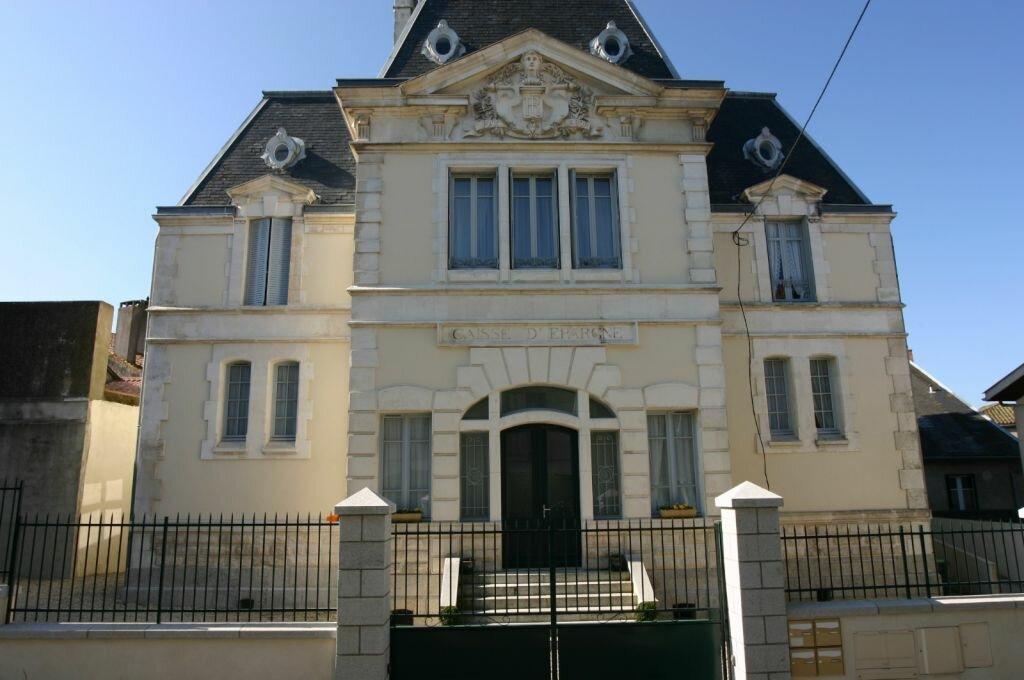 Appartement à vendre 3 100m2 à Parthenay vignette-19