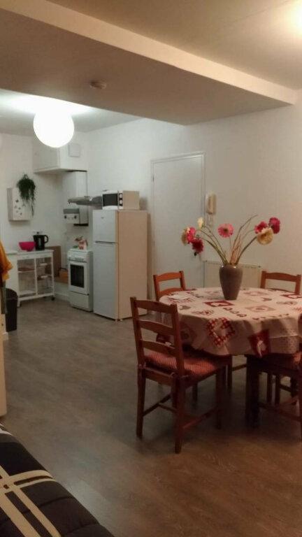 Appartement à louer 2 48m2 à Parthenay vignette-7