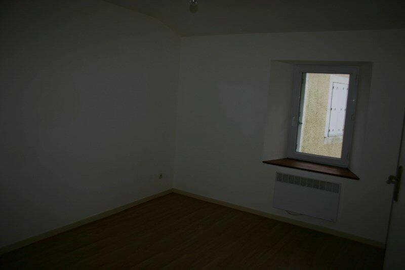 Maison à louer 3 72m2 à Azay-sur-Thouet vignette-4