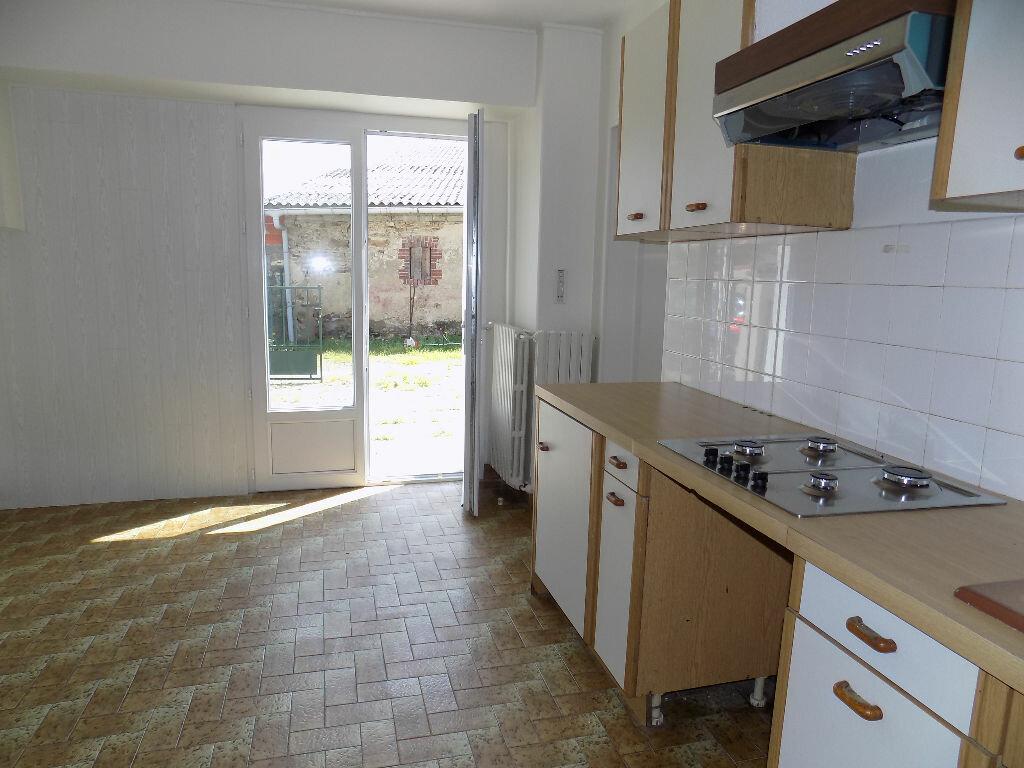 Maison à louer 6 100m2 à Viennay vignette-2