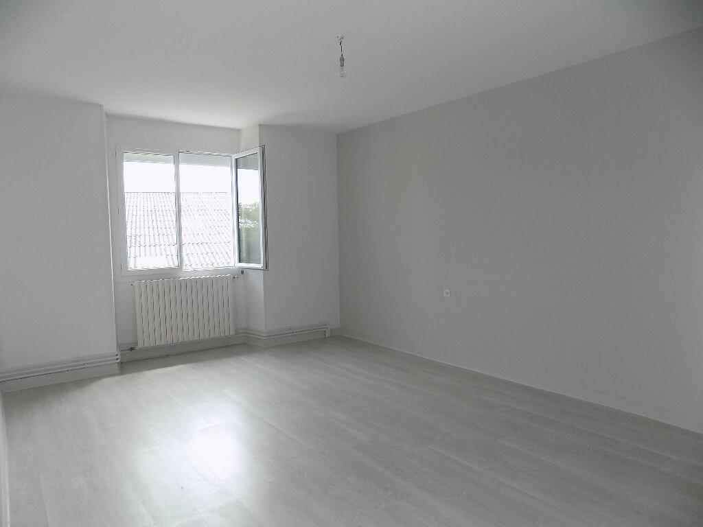 Maison à louer 6 100m2 à Viennay vignette-5
