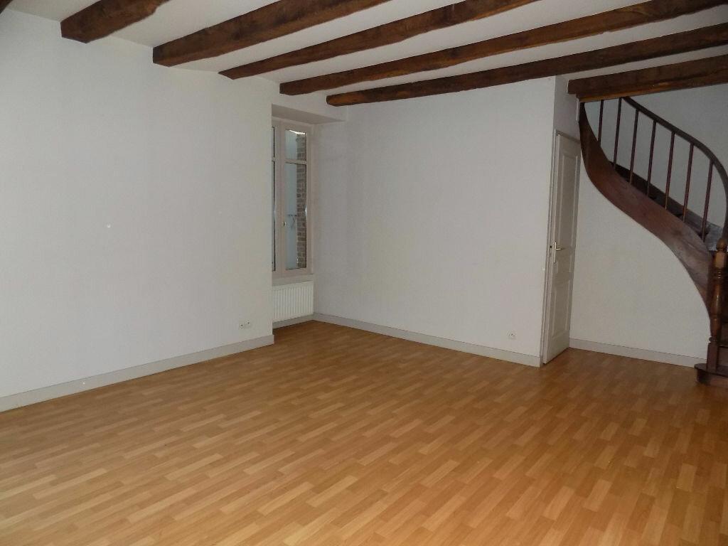 Maison à louer 3 85m2 à Parthenay vignette-8