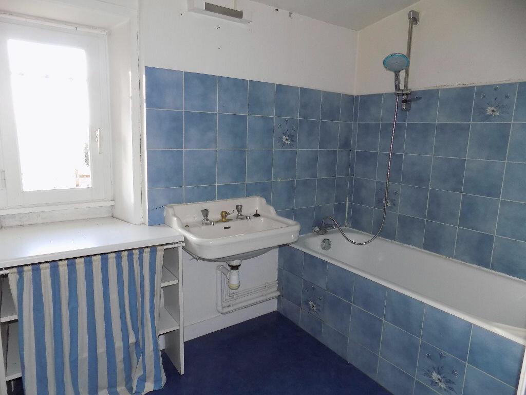 Maison à louer 3 85m2 à Parthenay vignette-10