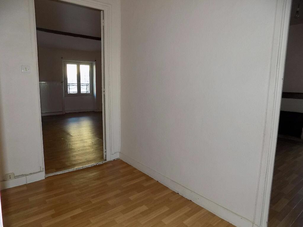 Maison à louer 3 85m2 à Parthenay vignette-13