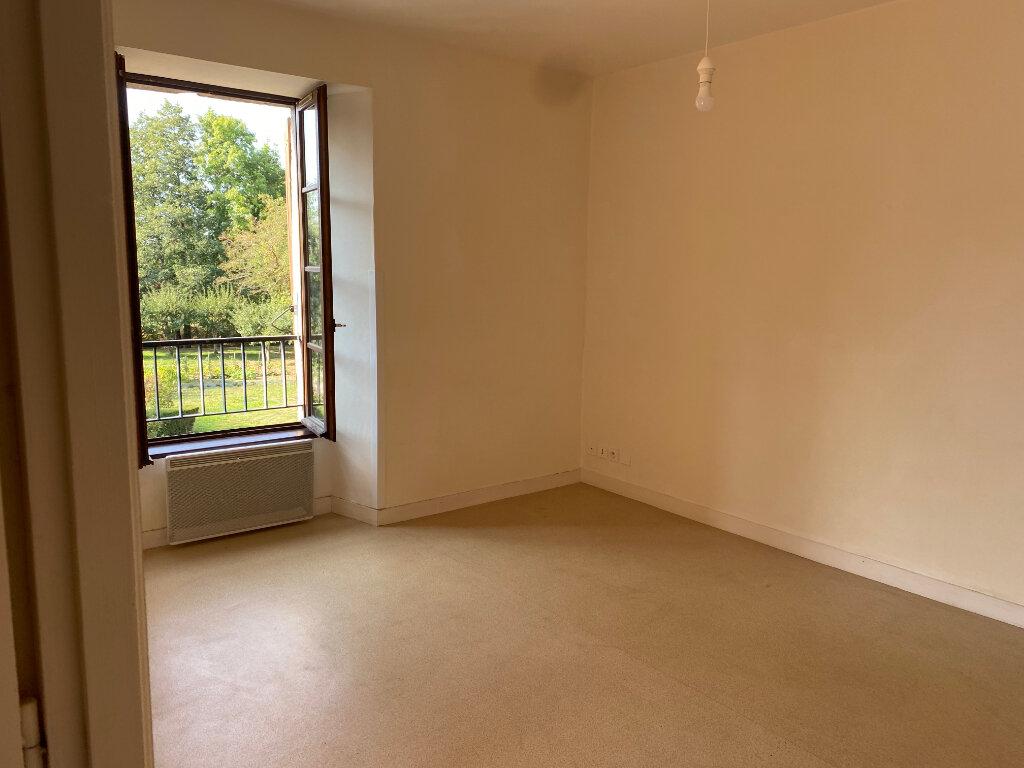 Appartement à louer 3 46m2 à Amailloux vignette-4