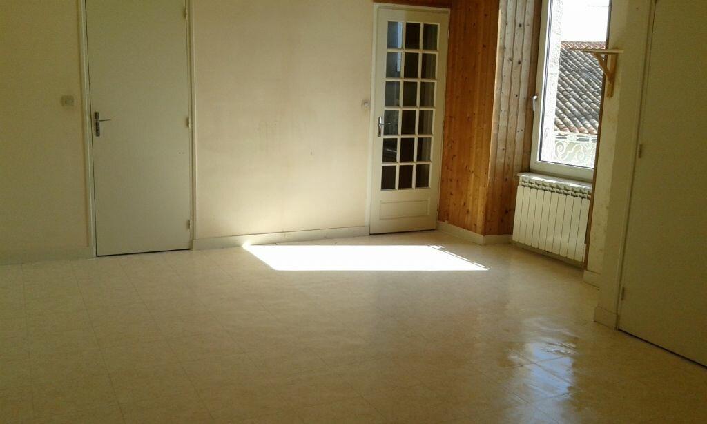Appartement à louer 1 25m2 à Viennay vignette-2