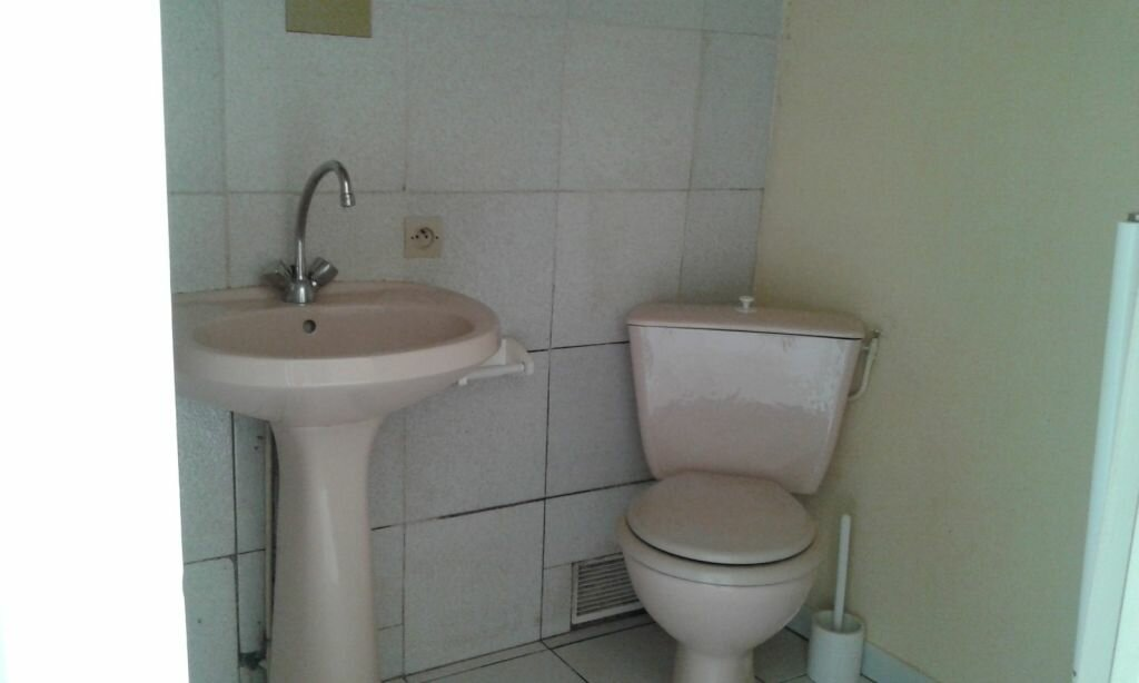 Appartement à louer 1 25m2 à Viennay vignette-5