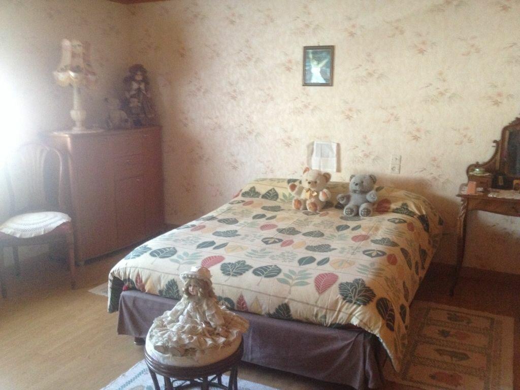 Maison à vendre 7 177m2 à La Ferrière-en-Parthenay vignette-7