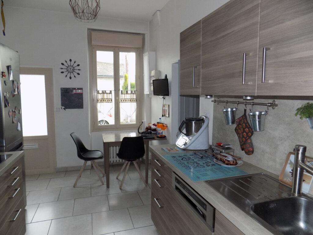 Maison à vendre 8 111m2 à Parthenay vignette-6