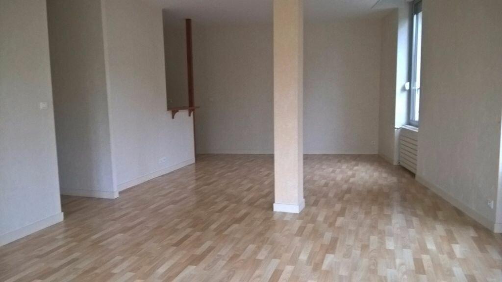 Appartement à louer 6 110m2 à Parthenay vignette-5