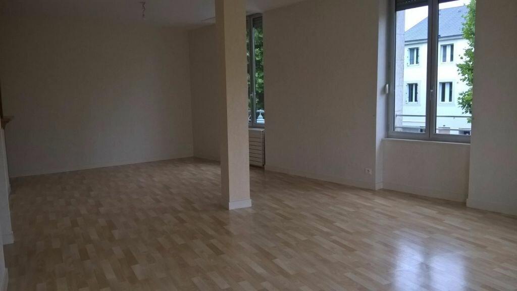 Appartement à louer 6 110m2 à Parthenay vignette-7