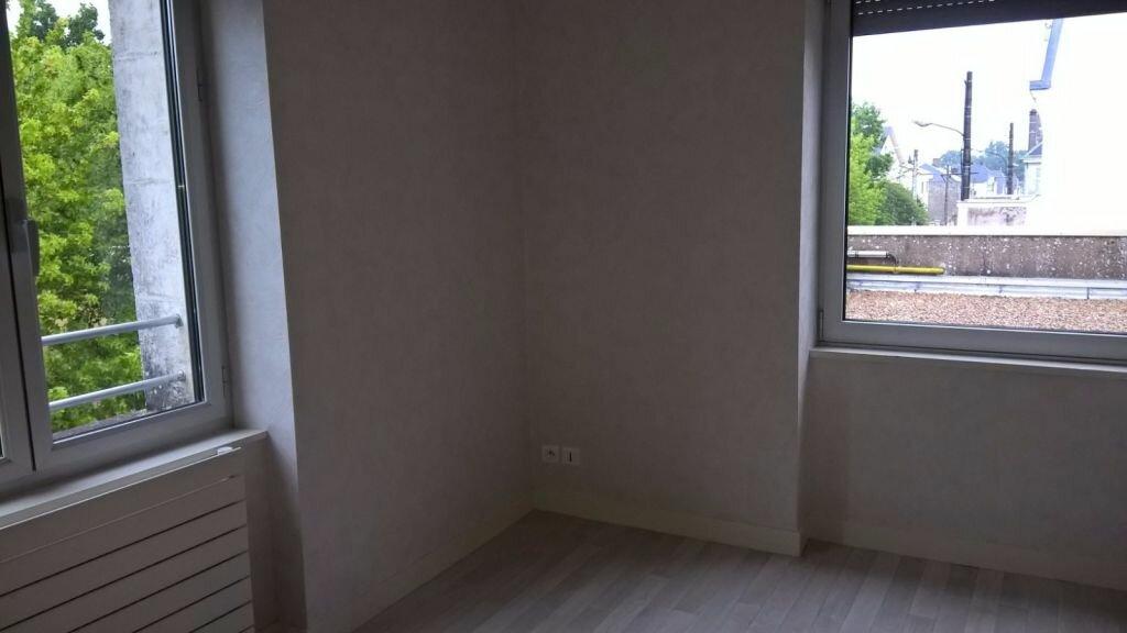 Appartement à louer 6 110m2 à Parthenay vignette-8