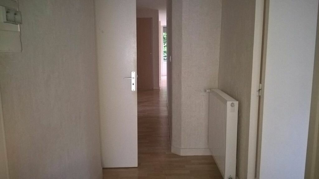 Appartement à louer 6 110m2 à Parthenay vignette-16