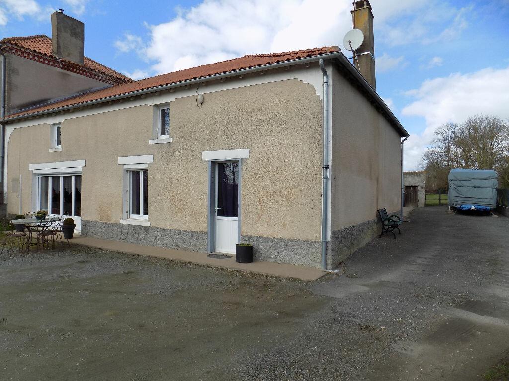 Maison à vendre 5 112m2 à Amailloux vignette-14
