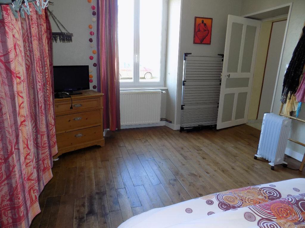 Maison à louer 6 97m2 à La Chapelle-Bertrand vignette-8