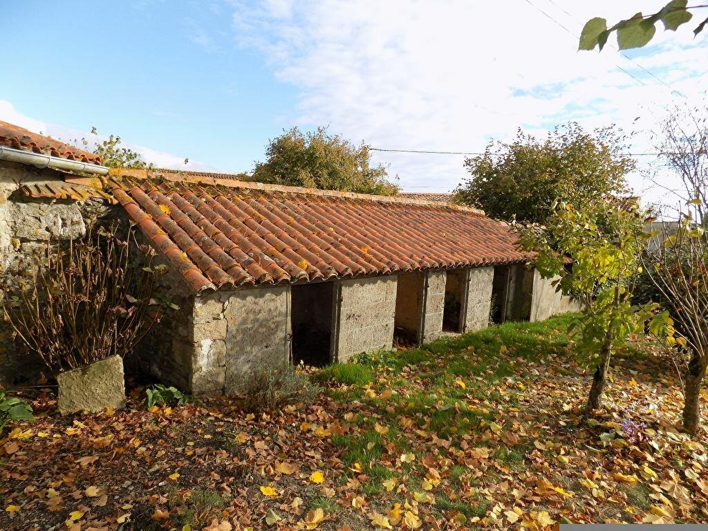 Maison à louer 6 97m2 à La Chapelle-Bertrand vignette-17