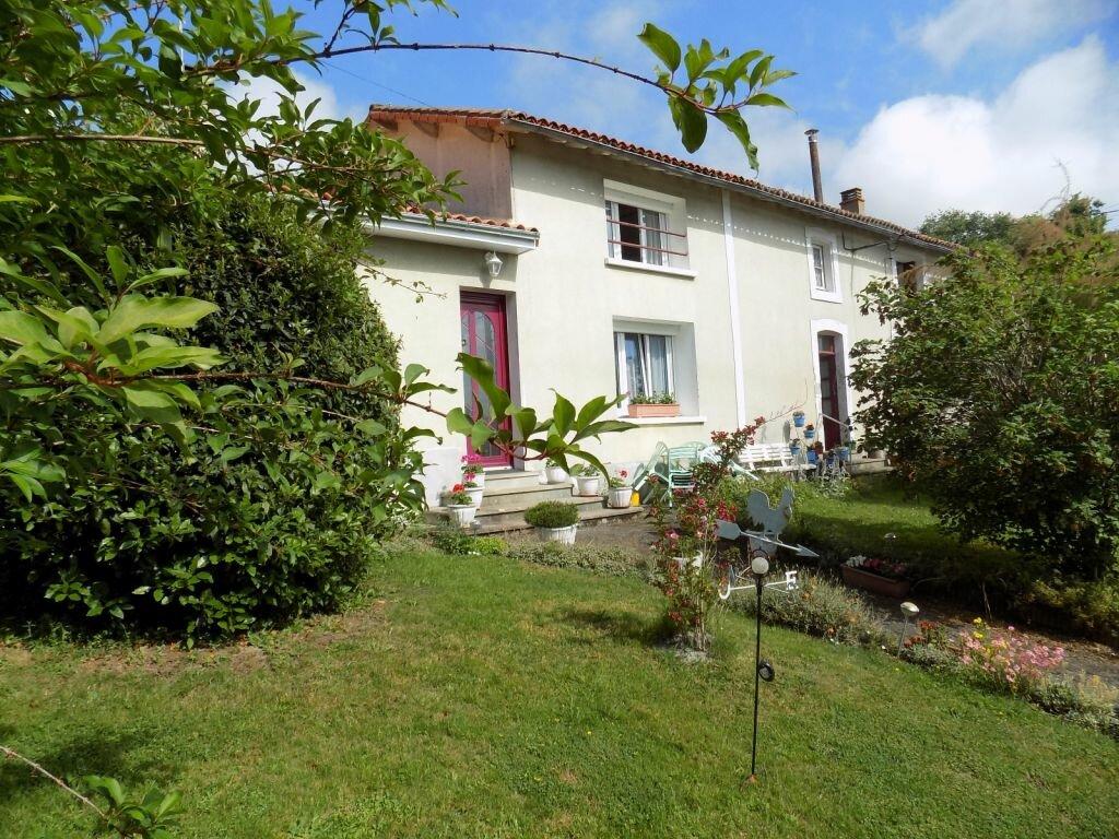 Maison à vendre 8 162m2 à Verruyes vignette-1