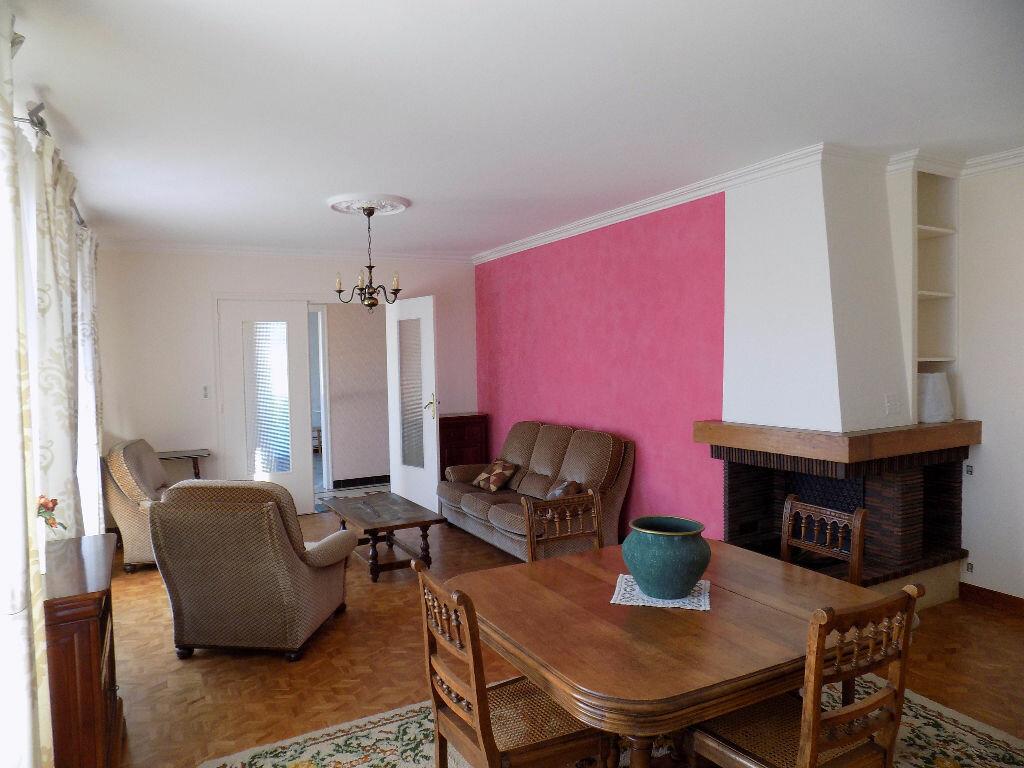 Maison à vendre 6 141m2 à Parthenay vignette-2