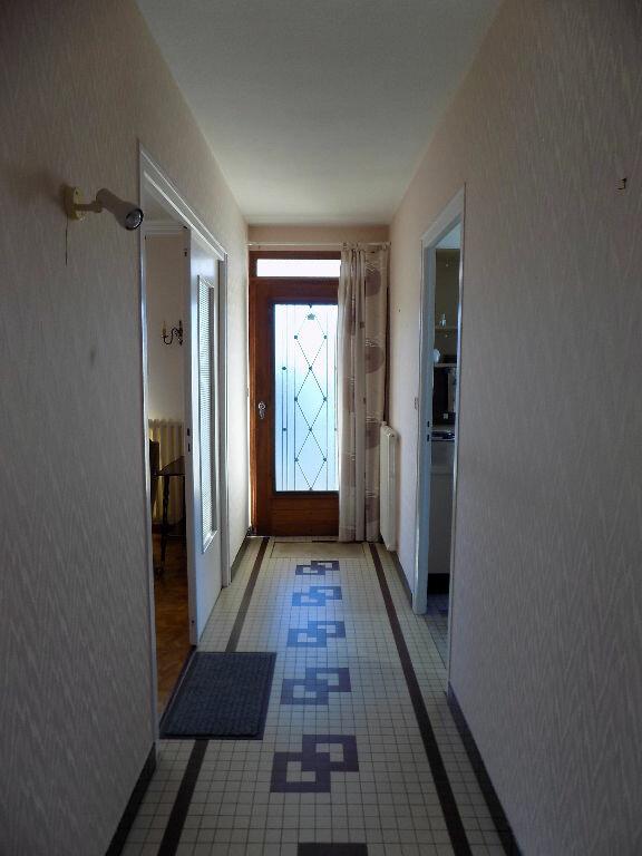 Maison à vendre 6 141m2 à Parthenay vignette-5