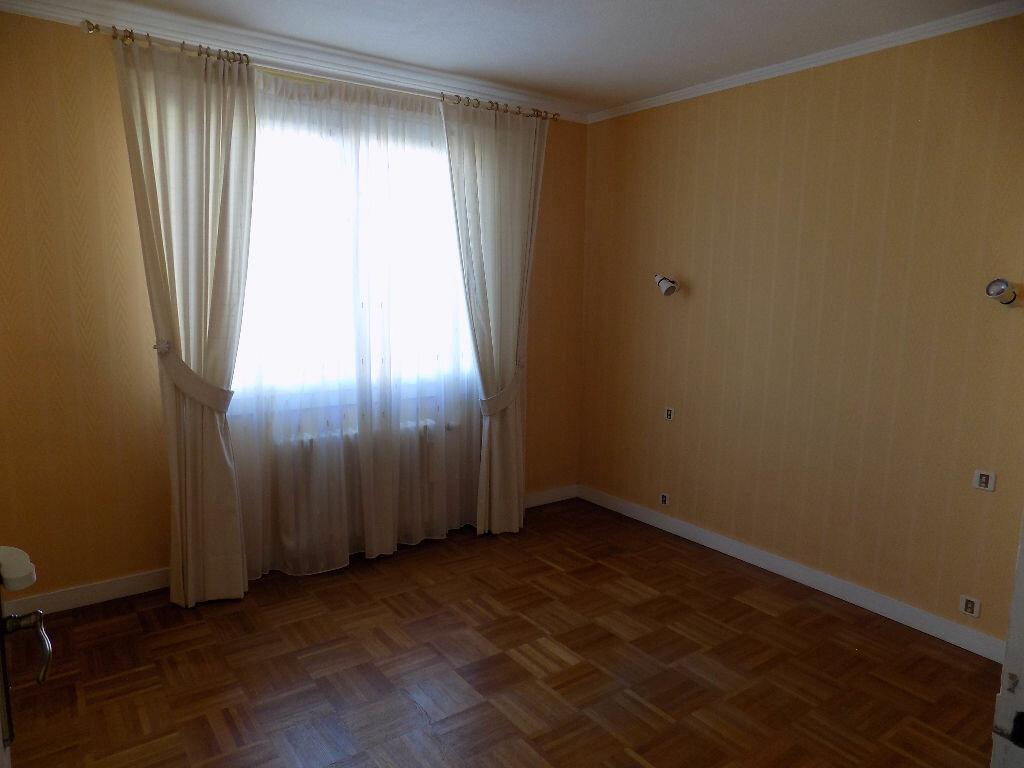 Maison à vendre 6 141m2 à Parthenay vignette-8