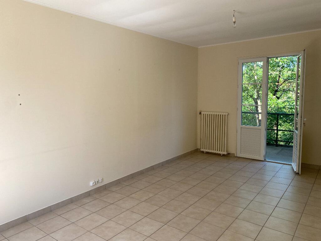Maison à louer 4 73.84m2 à Saint-Loup-Lamairé vignette-6