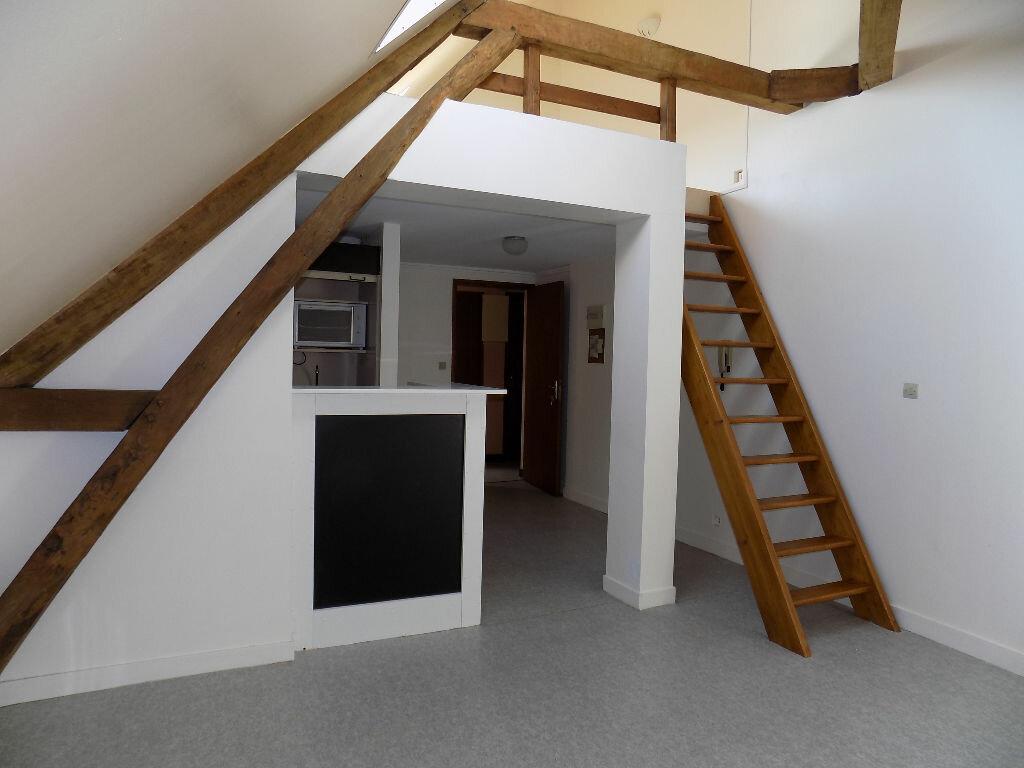 Appartement à louer 2 26m2 à Viennay vignette-1