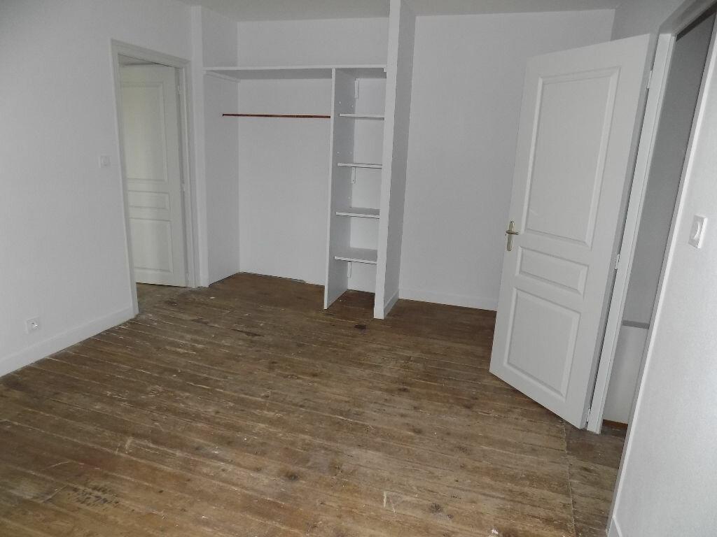 Maison à louer 5 113.5m2 à Vouhé vignette-11