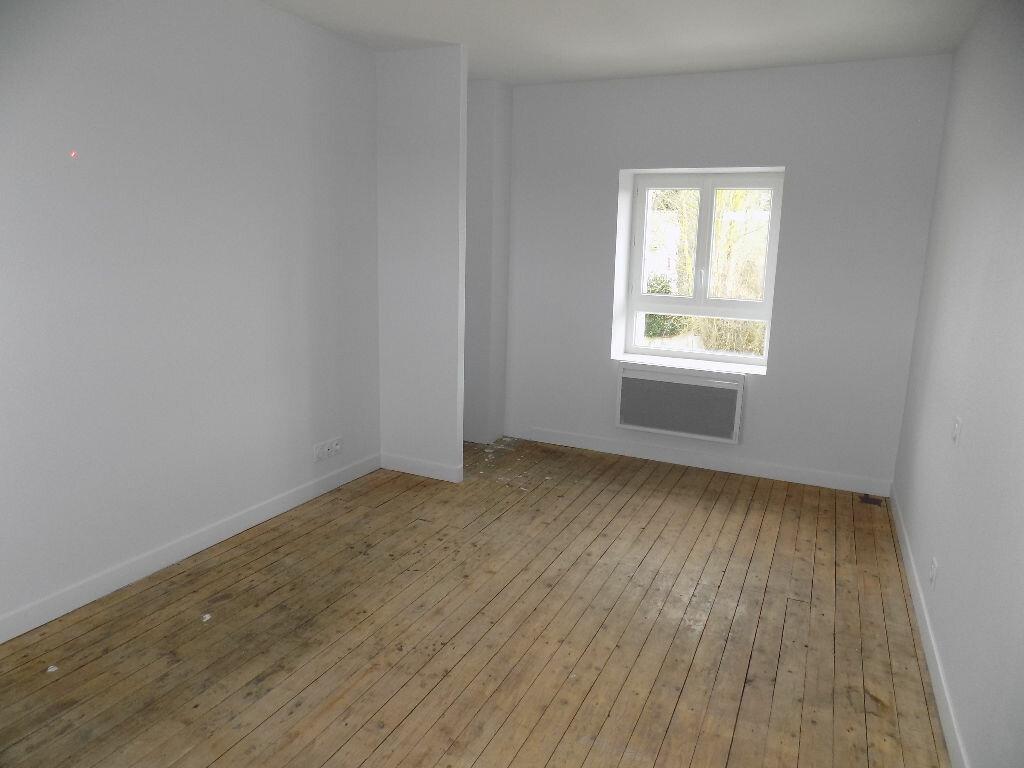 Maison à louer 5 113.5m2 à Vouhé vignette-12