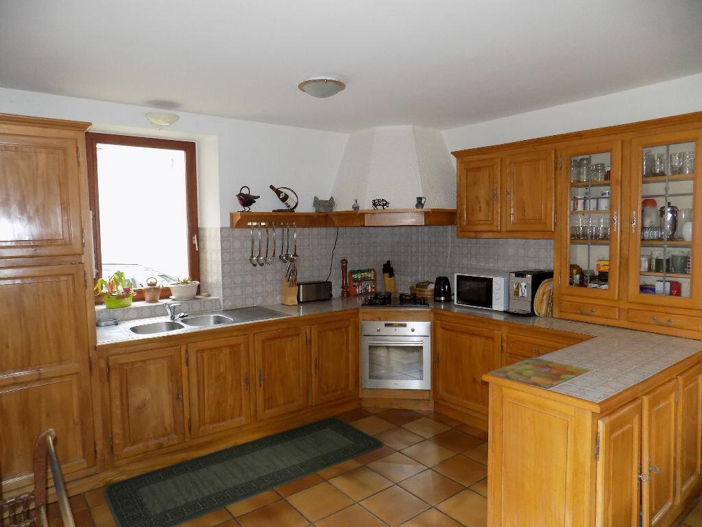 Maison à vendre 6 220m2 à Châtillon-sur-Thouet vignette-4