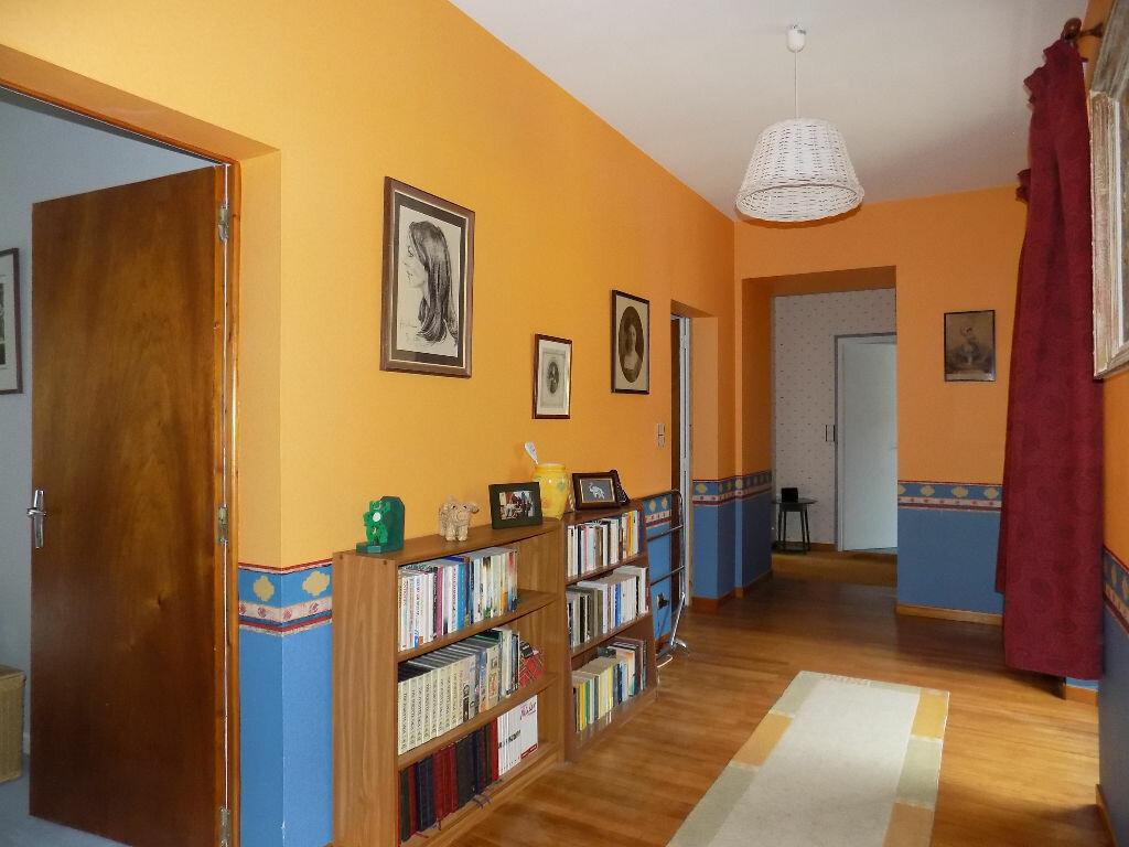 Maison à vendre 6 220m2 à Châtillon-sur-Thouet vignette-7