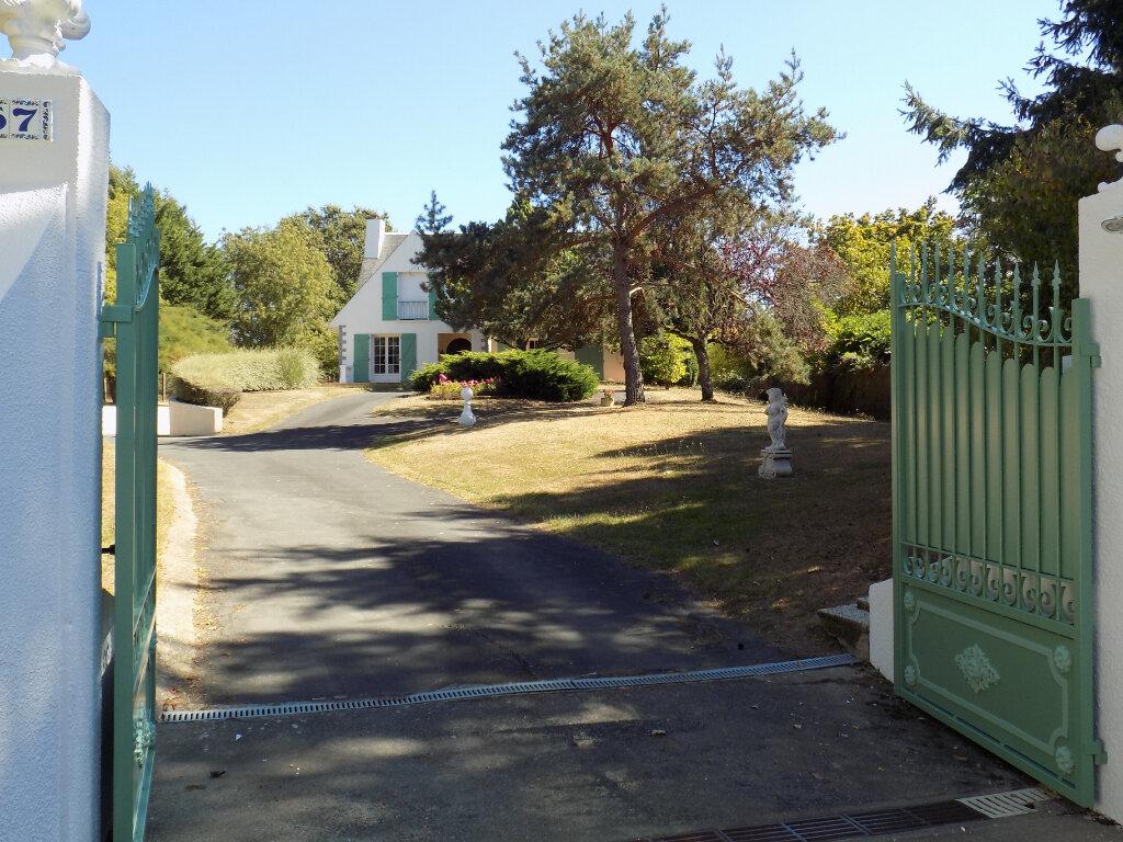 Maison à vendre 6 180m2 à Pompaire vignette-3
