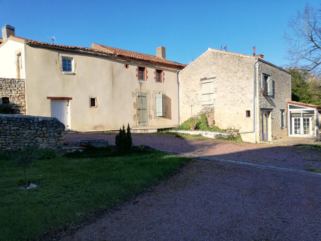 Maison à vendre 6 180m2 à Availles-Thouarsais vignette-2
