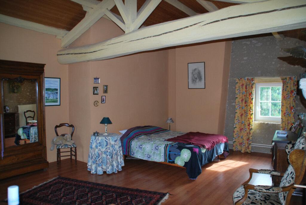 Maison à vendre 6 180m2 à Availles-Thouarsais vignette-6