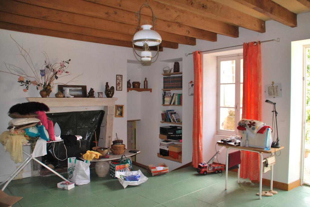 Maison à vendre 6 180m2 à Availles-Thouarsais vignette-7