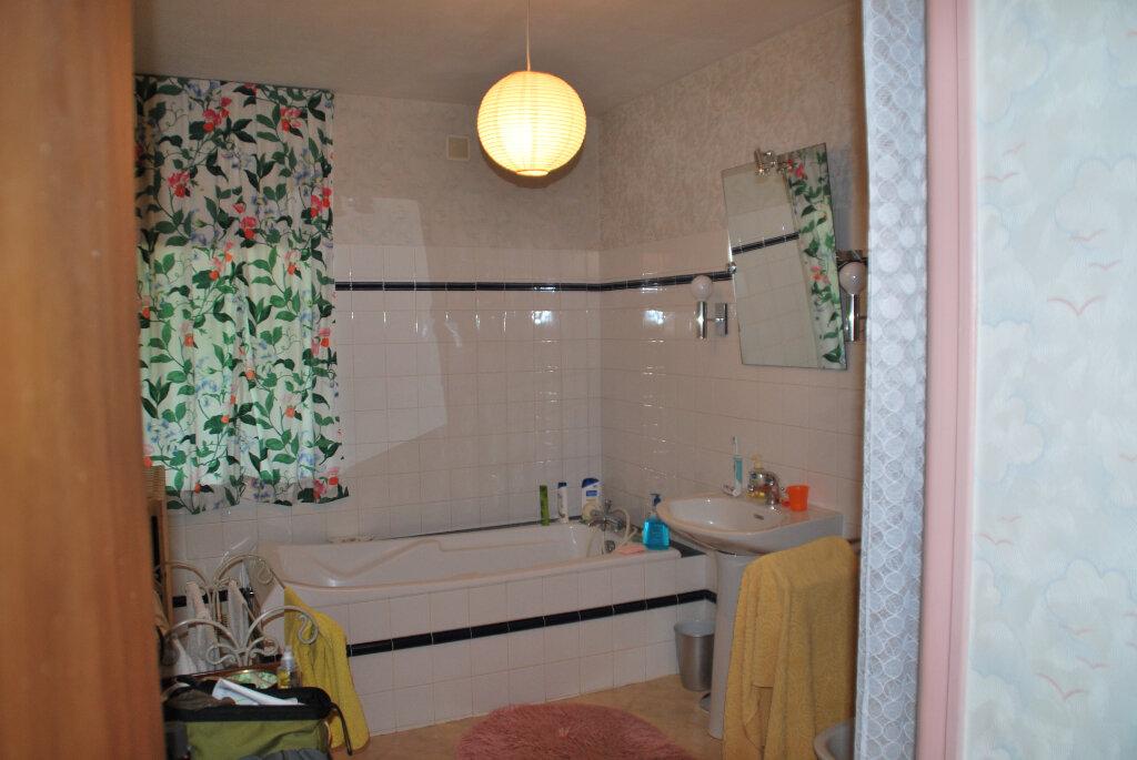 Maison à vendre 6 180m2 à Availles-Thouarsais vignette-12
