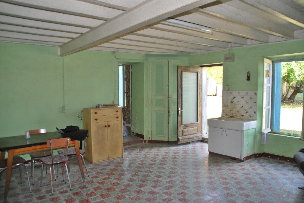 Maison à vendre 4 110m2 à Saint-Jouin-de-Marnes vignette-5