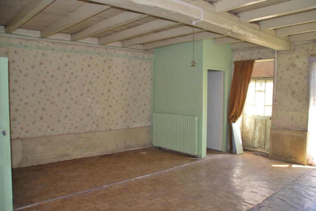 Maison à vendre 4 110m2 à Saint-Jouin-de-Marnes vignette-6