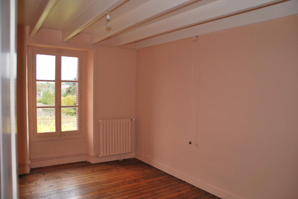 Maison à vendre 5 109.42m2 à Louin vignette-7