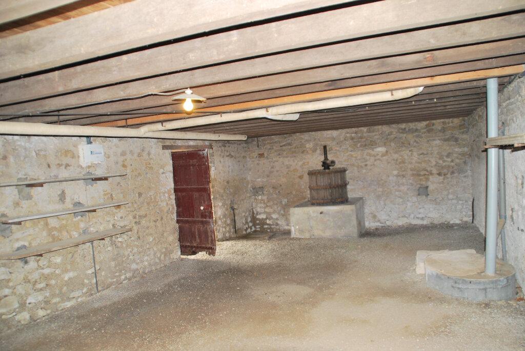 Maison à vendre 5 109.42m2 à Louin vignette-16