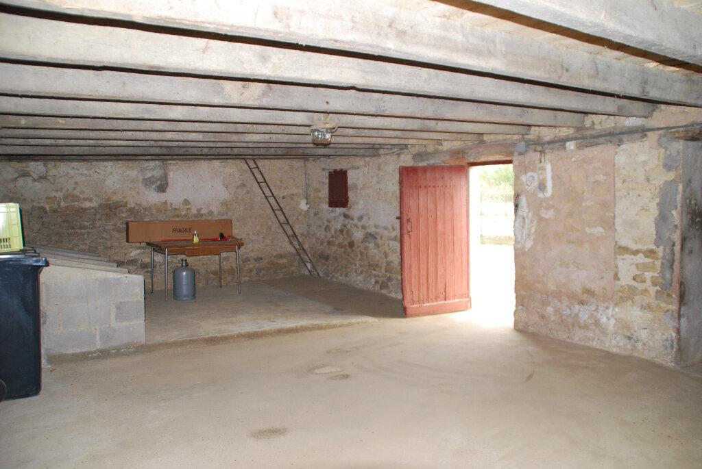 Maison à vendre 5 109.42m2 à Louin vignette-17